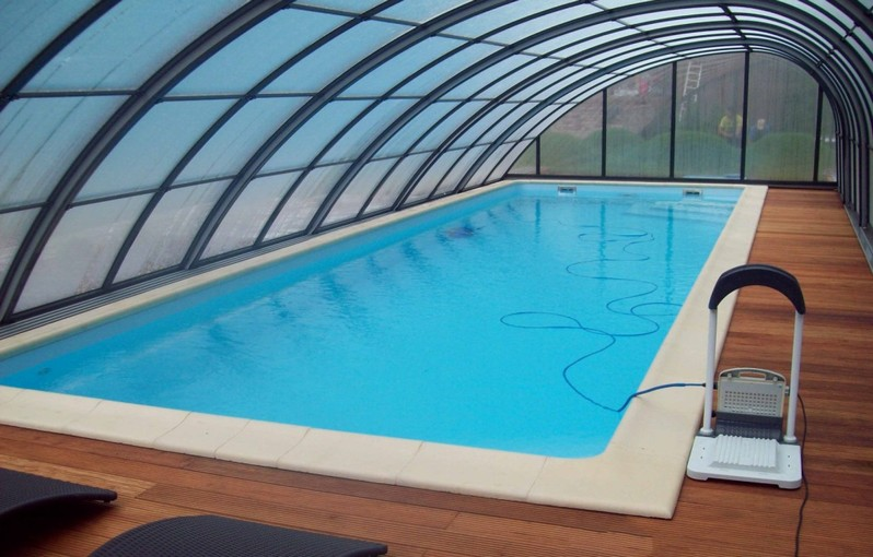 Une grande piscine de jardin europool fabricant de for Piscine coque grande dimension